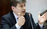 Antonescu: Propun ca senatorii liberali să se abţină la vot în cazul urmăririi penale a lui Varujan ...