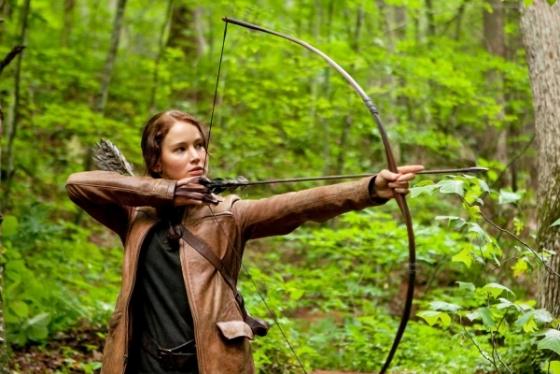 Jennifer Lawrence: fata de foc a dezvaluit de ce a plans cand a citit scenariul de la Mockingjay, ul...