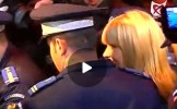(VIDEO) Elena Udrea a făcut SPECTACOL la ieșirea din DNA, dar și la intrarea în arest. Gestul SFIDĂT...