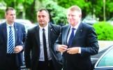 Iohannis, debut ezitant de mandat