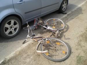 Biciclist accidentat SANTAU