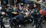 Confruntări între poliţie şi protestatari în mai multe oraşe din Grecia