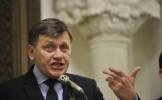 """Crin Antonescu la Antena 3: """"Referendumul pentru revizuirea Constituţiei ar putea fi organizat ..."""