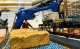 Daniel Constantin: 71% din producători şi 82% din comercianţi au scăzut preţul la pâine
