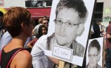 """Fondatorul """"Facebook-ului rusesc"""" îi propune un job lui Snowden"""