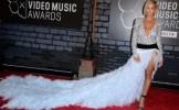 Cel mai BINE si cel mai PROST imbracate vedete de la MTV VMA 2013 - GALERIE FOTO