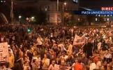 Parlamentarii din Comisia specială pentru Roşia Montană vor să discute cu protestarii din Piaţa Univ...